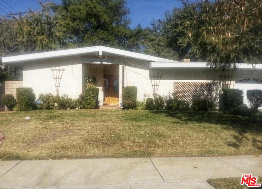 20441 GERMAIN Street Chatsworth, CA 91311