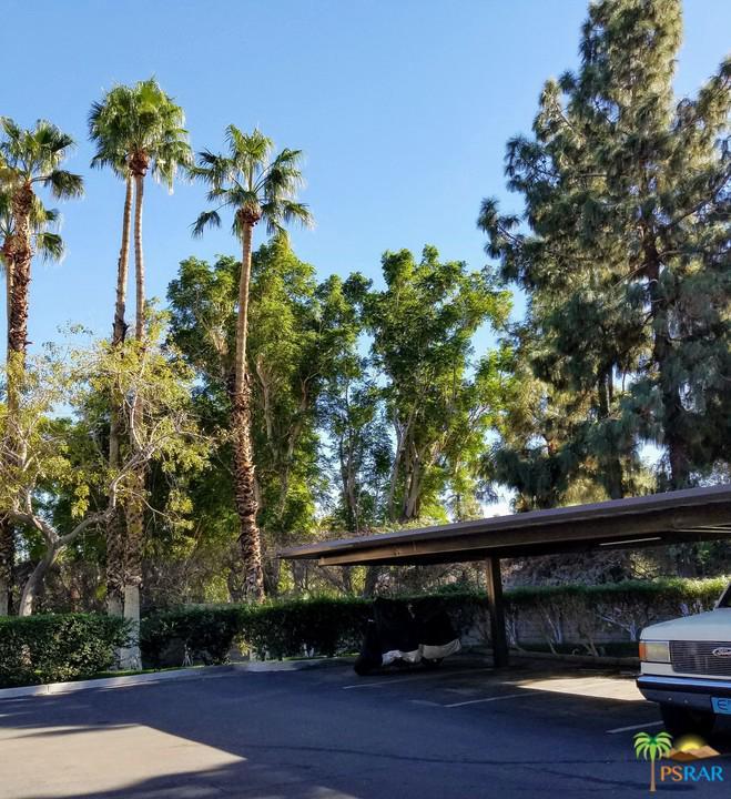 2800 East LOS FELICES Circle - photo 5