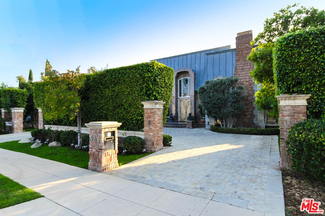 One of Beverly Hills 6 Bedroom Homes for Sale at 607 North CAMDEN Drive