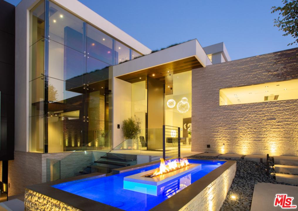 1201 LAUREL Way, Beverly Hills, California