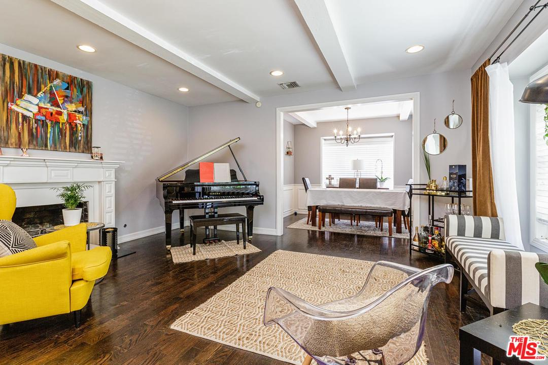 4729 COLUMBUS Avenue, Sherman Oaks in Los Angeles County, CA 91403 Home for Sale