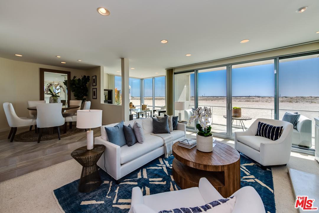 5209 Ocean Front Marina Del Rey, CA 90292