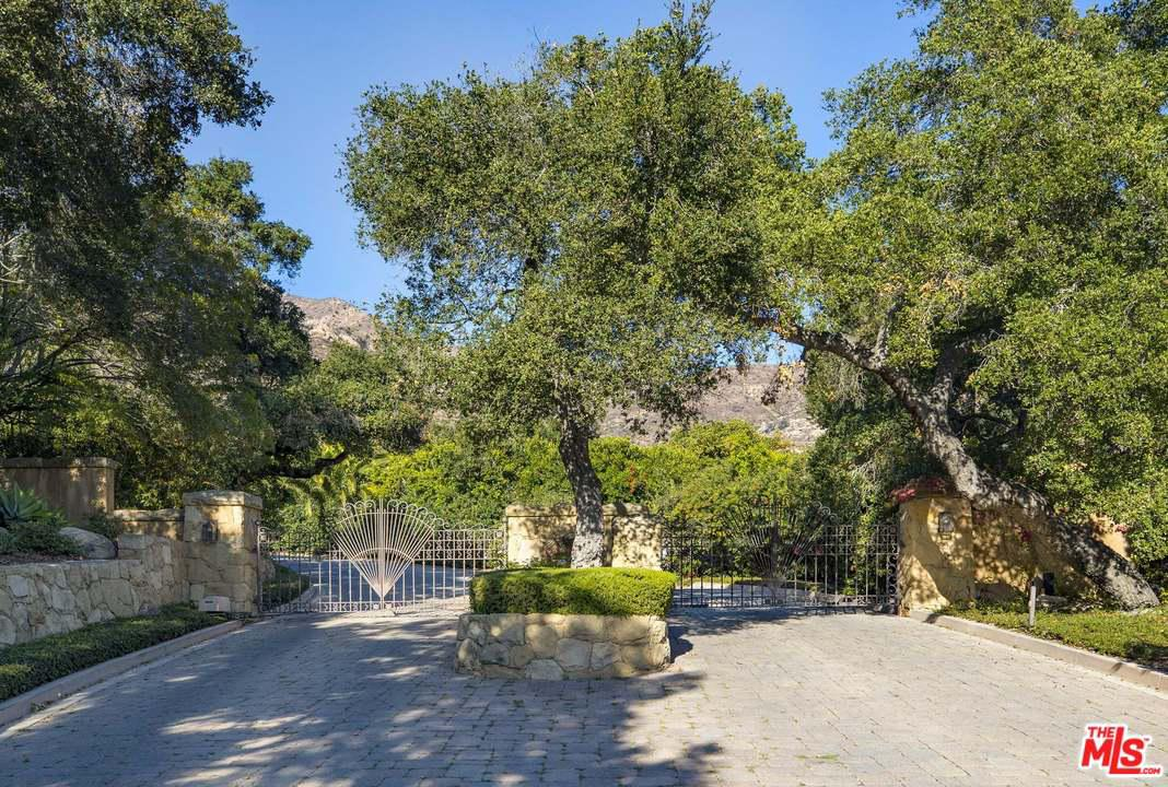1355 Oak Creek Canyon Road Montecito, CA 93108
