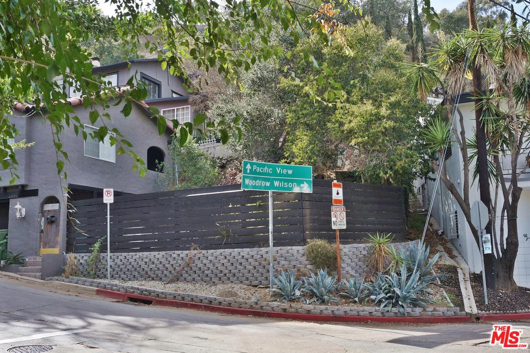 6803 PACIFIC VIEW Drive, Hollywood Hills in Los Angeles County, CA 90068 Home for Sale