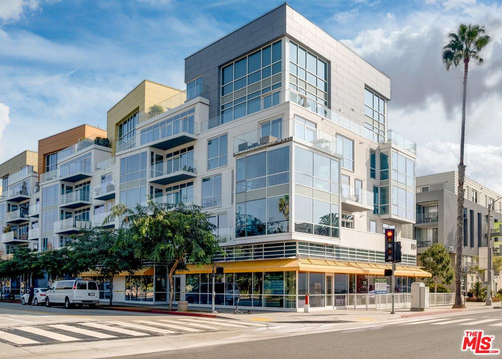 One of Townhome Santa Monica Homes for Sale at 1705 OCEAN Avenue