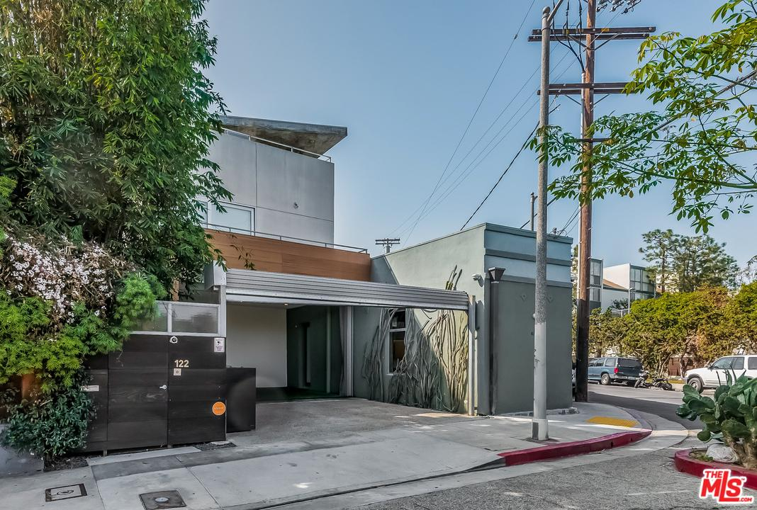 122 Mildred Avenue Venice, CA 90291