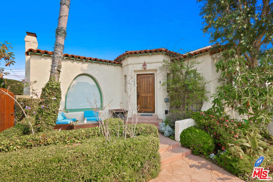 One of Guest House Santa Monica Homes for Sale at 1039 25TH Street