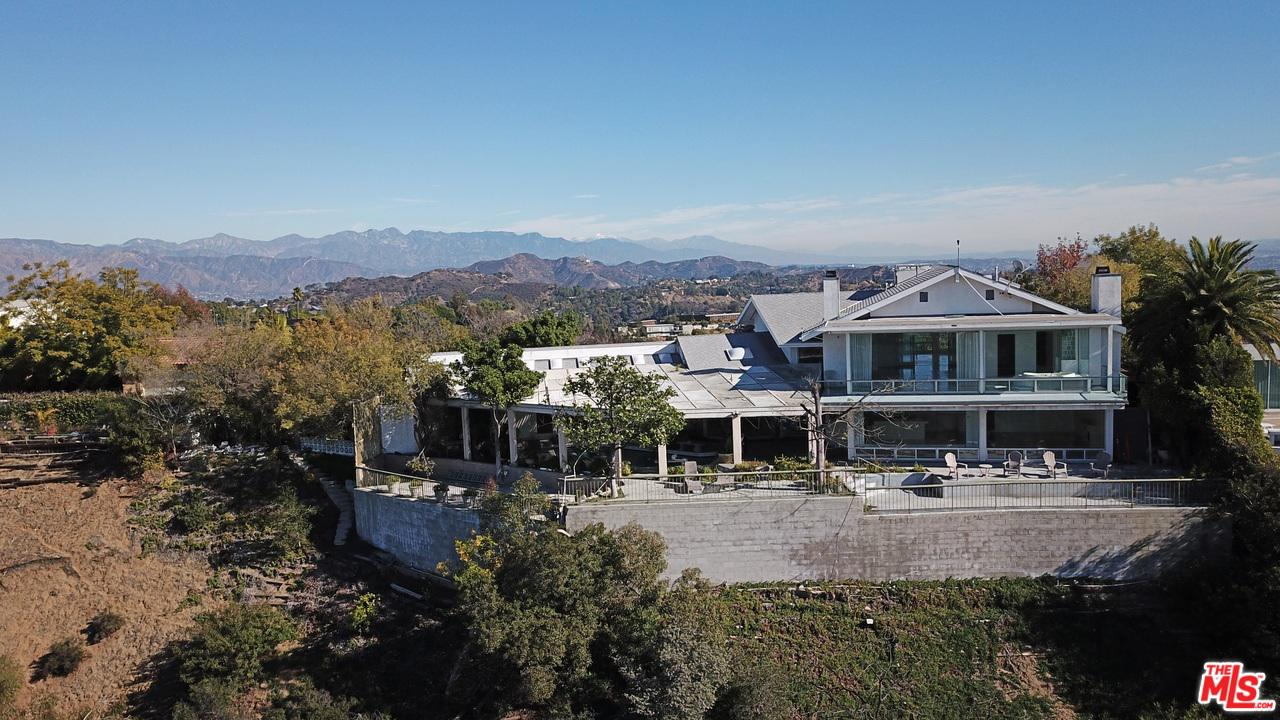 2461 BRIARCREST Road, Beverly Hills, California