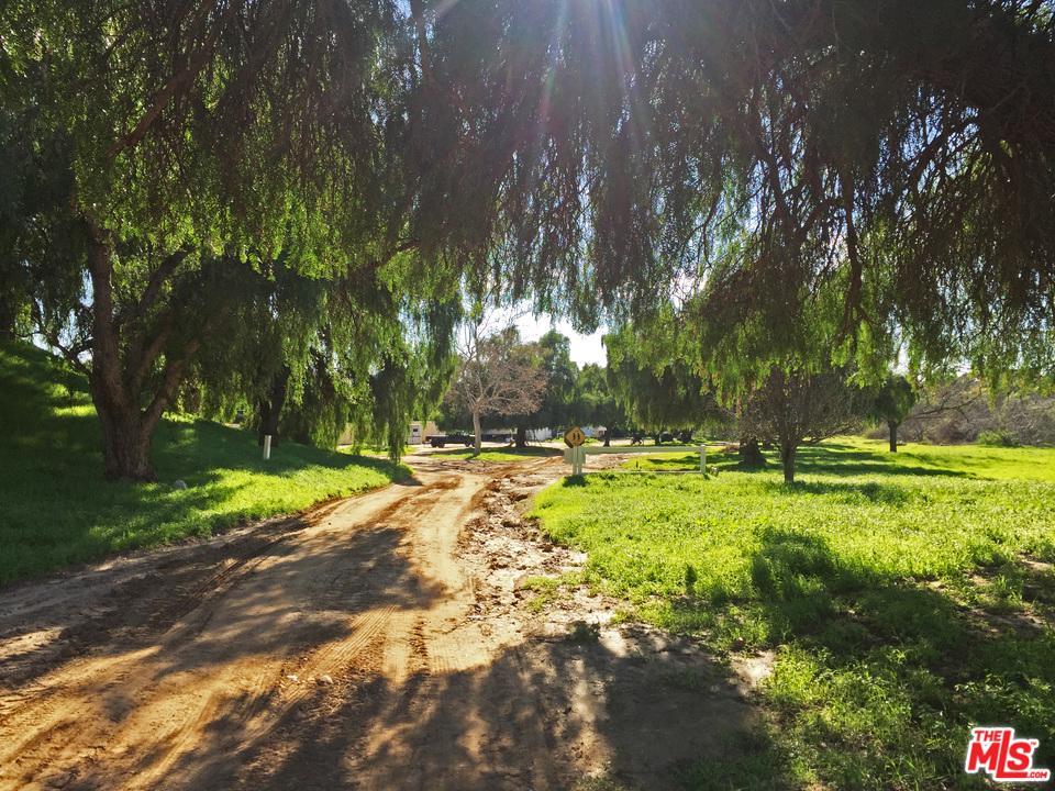 8500 WATERS Road Moorpark, CA 93021