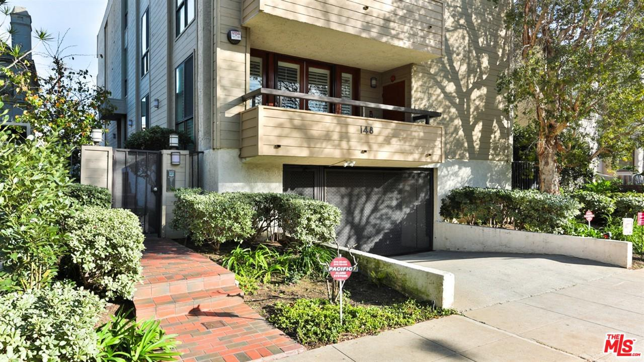 148 South CRESCENT Drive, one of homes for sale in Beverly Hills