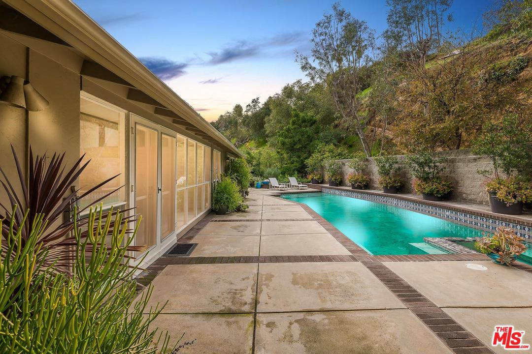 2855 MORAGA Drive, Bel Air in Los Angeles County, CA 90077 Home for Sale