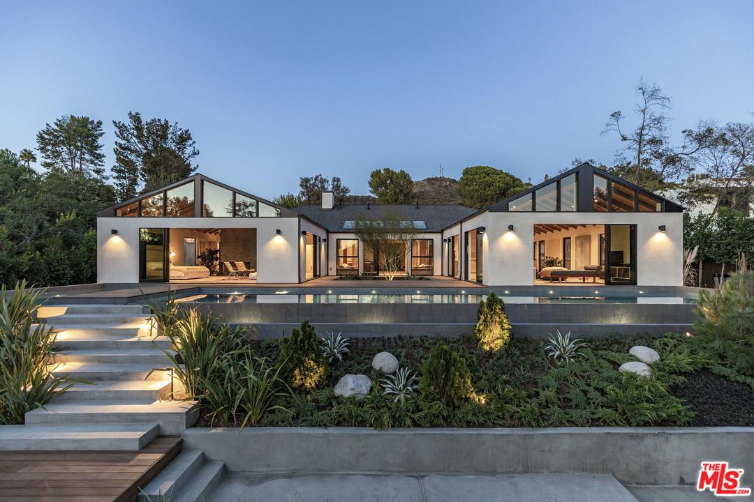 7974 WOODROW WILSON Drive, Hollywood Hills, California