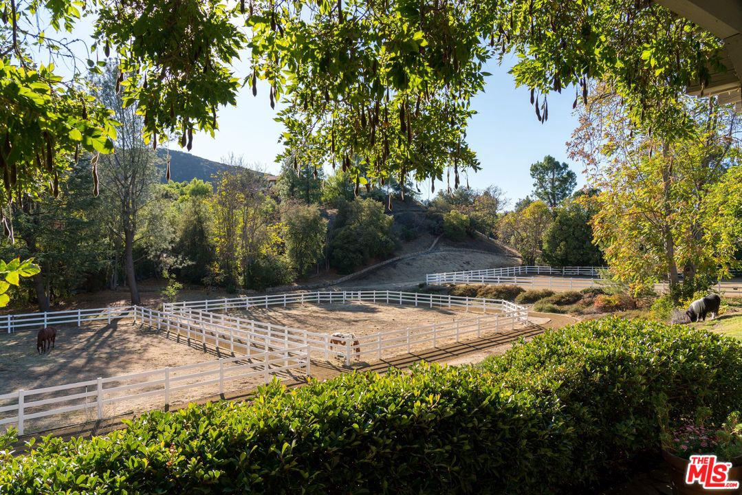 2121 MCKAIN Street, one of homes for sale in Calabasas