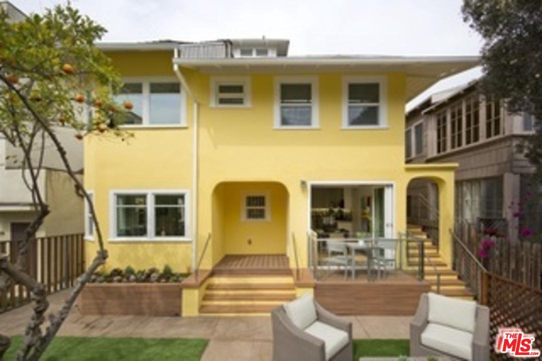 31 Breeze Avenue Venice, CA 90291