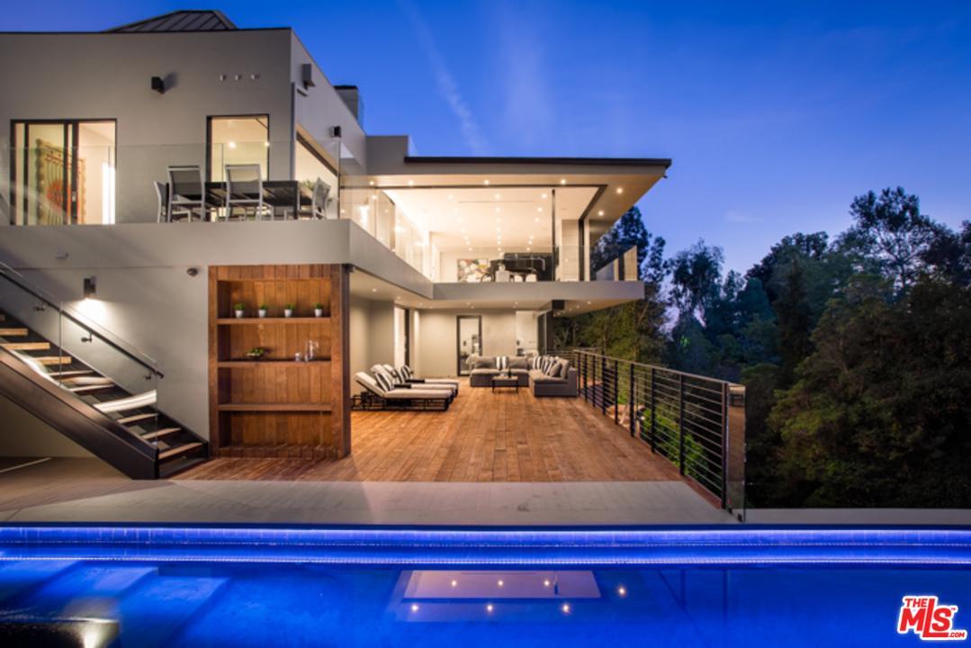 10750 Chalon Road Los Angeles, CA 90077