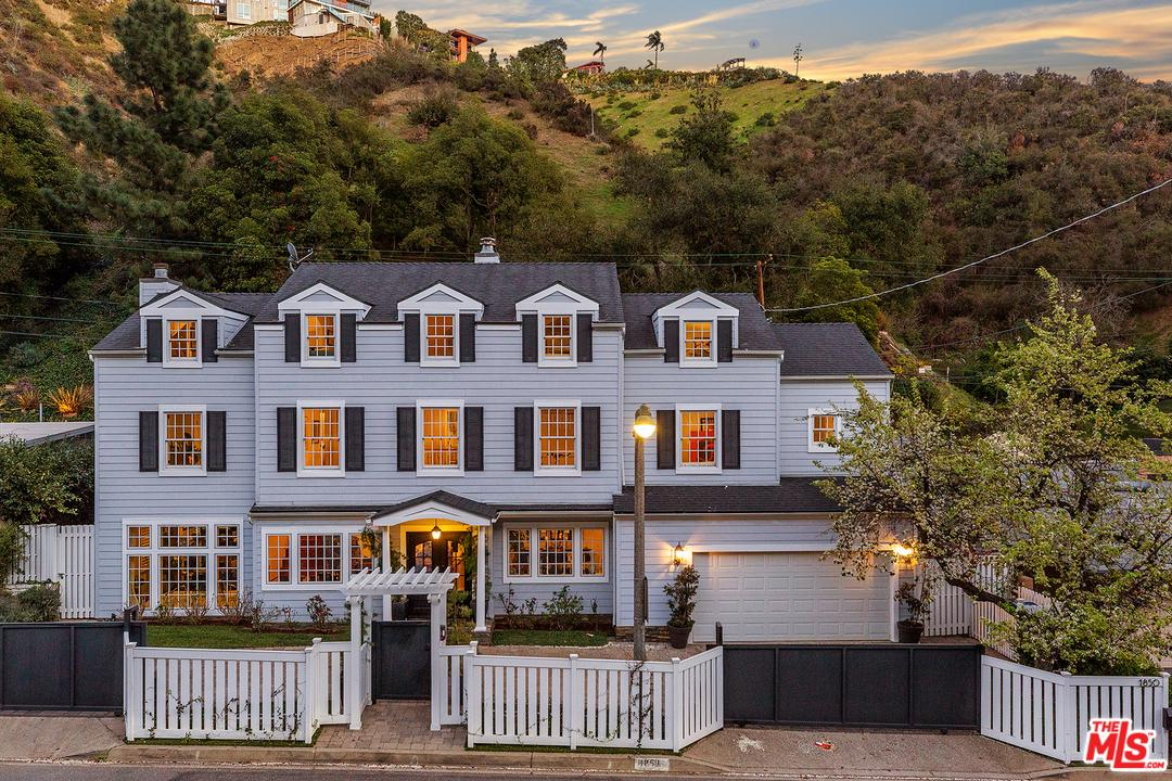1850 ROSCOMARE Road, Bel Air in Los Angeles County, CA 90077 Home for Sale