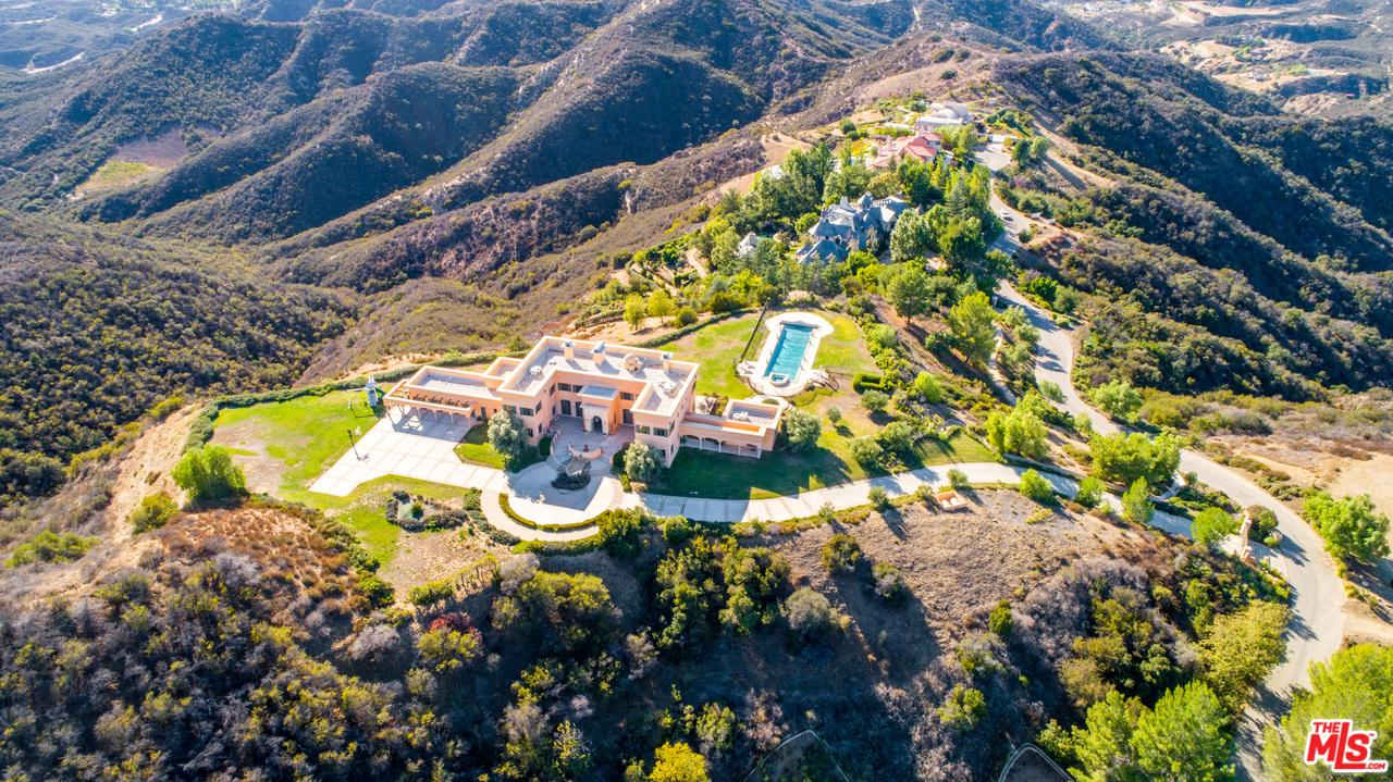 24932 THOUSAND PEAKS Road, Calabasas, California
