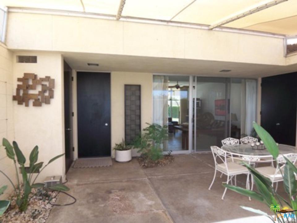 191 Desert Lakes Drive Palm Springs, CA 92264