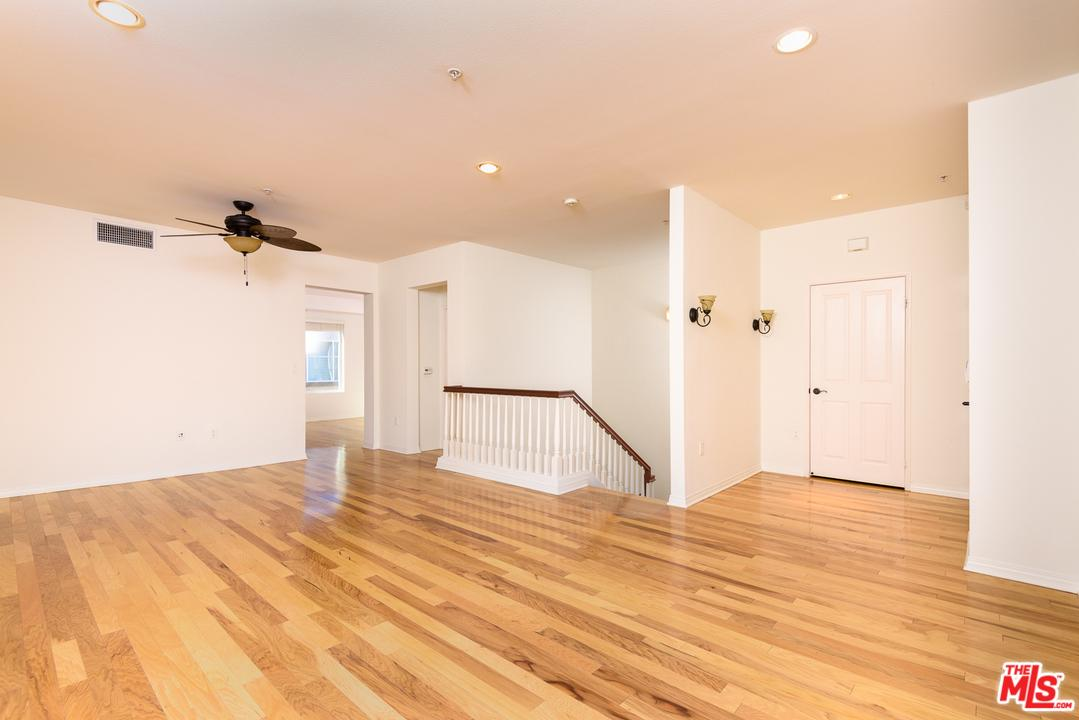 Townhome property for sale at 6020 SEABLUFF Drive, Playa Vista California 90094