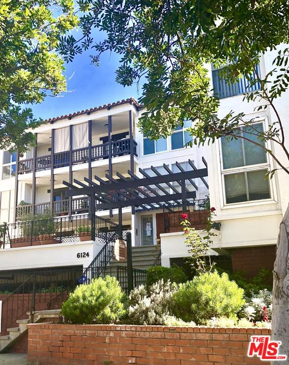 Townhome property for sale at 6124 BUCKINGHAM, Culver City California 90230