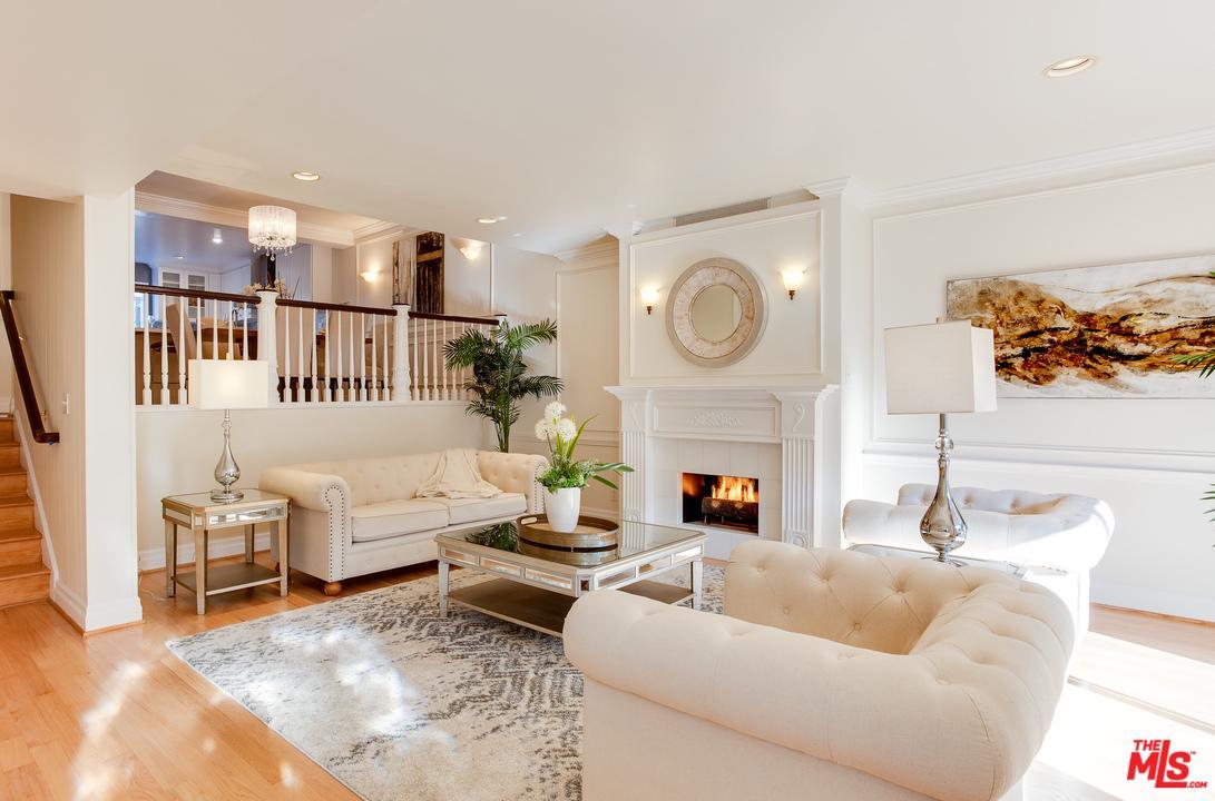 New Listings property for sale at 4804 LA VILLA MARINA, Marina Del Rey California 90292