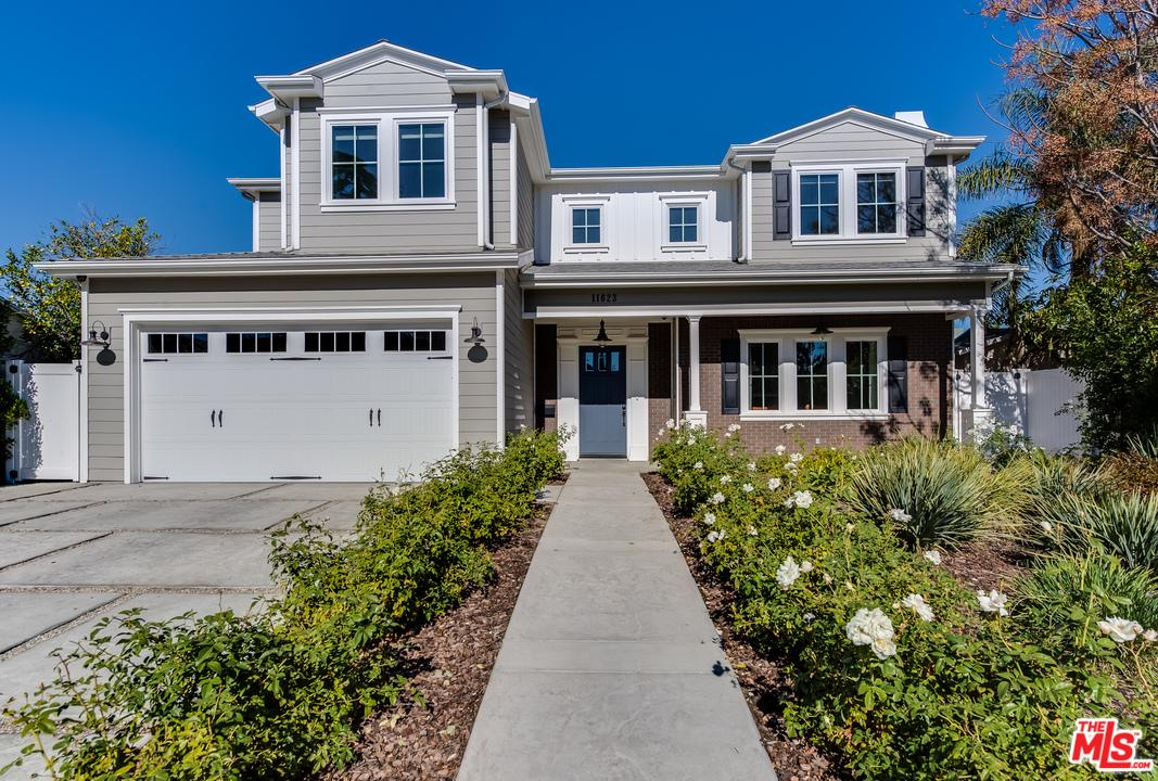 11623 Morrison Street Valley Village, CA 91601