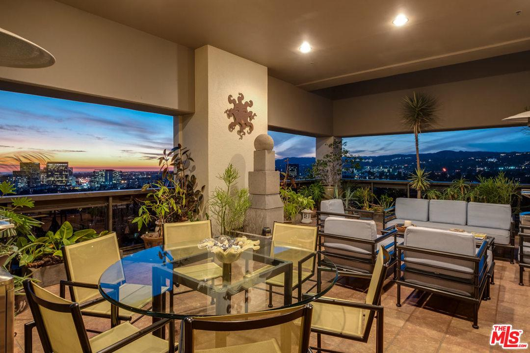 10445 Wilshire Los Angeles, CA 90024