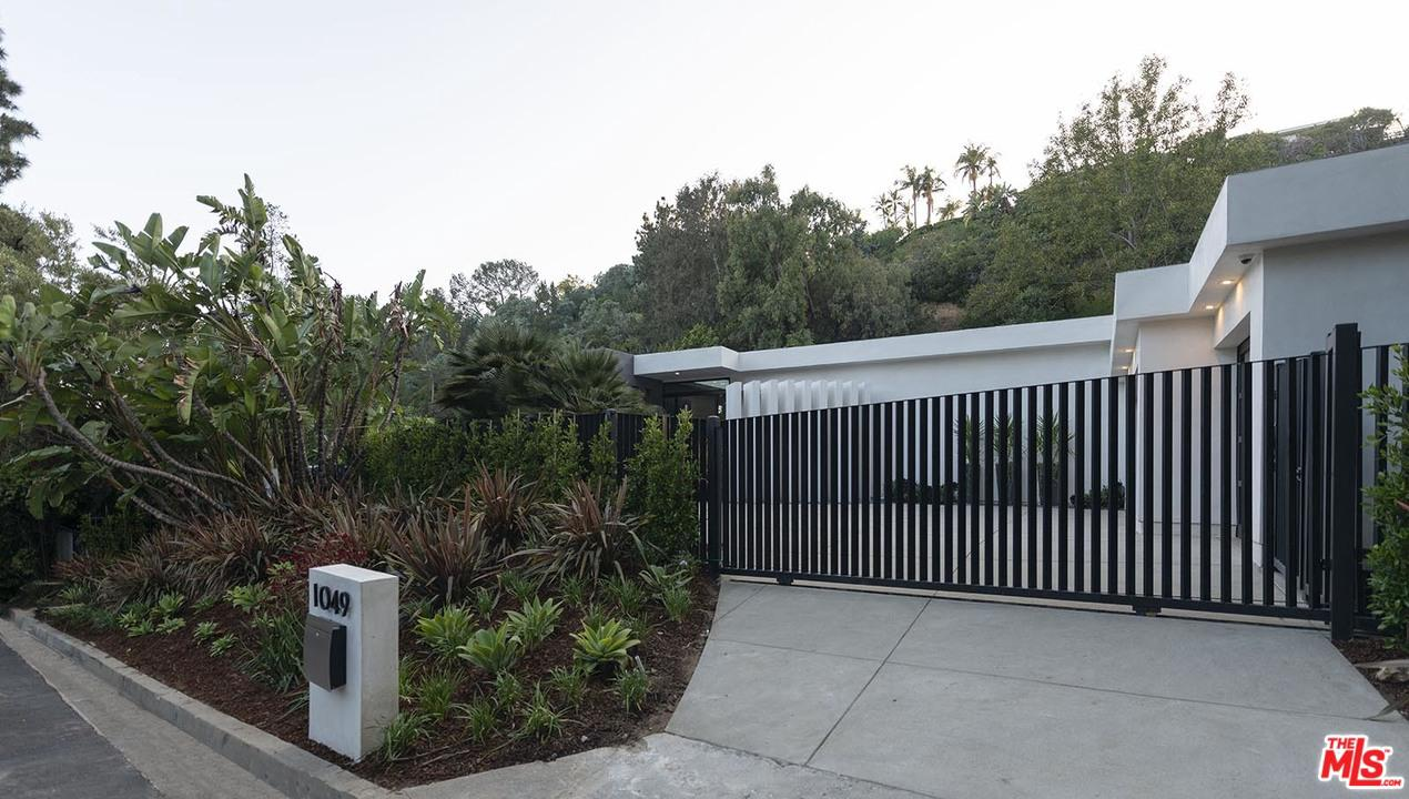 1049 LOMA VISTA Drive, Beverly Hills PO, California