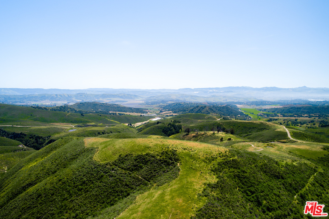 3900 LN Gypsy Canyon, Lompoc, California