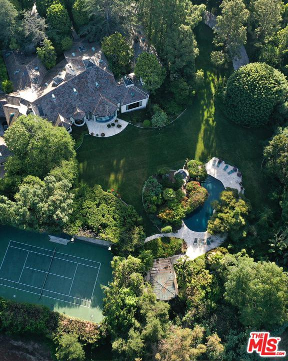 9901 COPLEY Drive, one of homes for sale in Beverly Hills PO