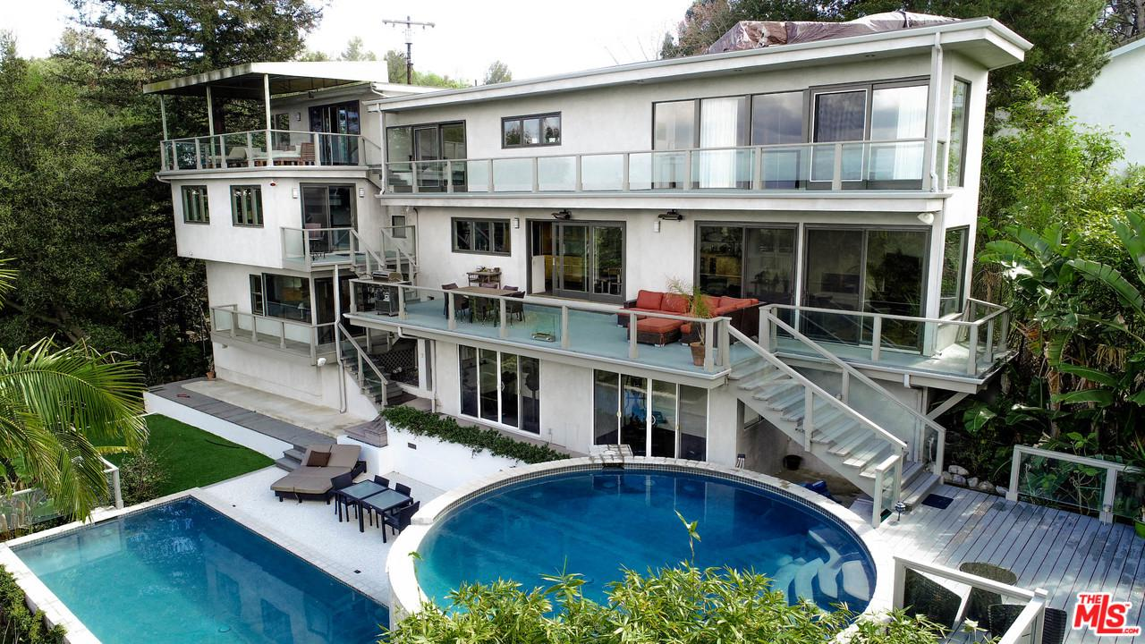 15263 MULHOLLAND Drive, Beverly Glen, California