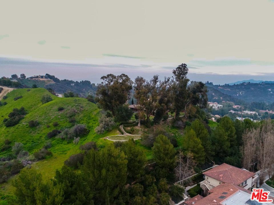 2601 SUMMITRIDGE Drive, Beverly Hills PO, California