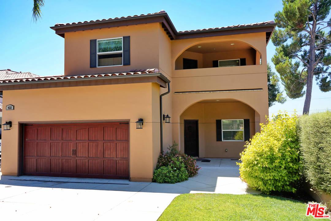 432 East SACRAMENTO Street, one of homes for sale in Altadena