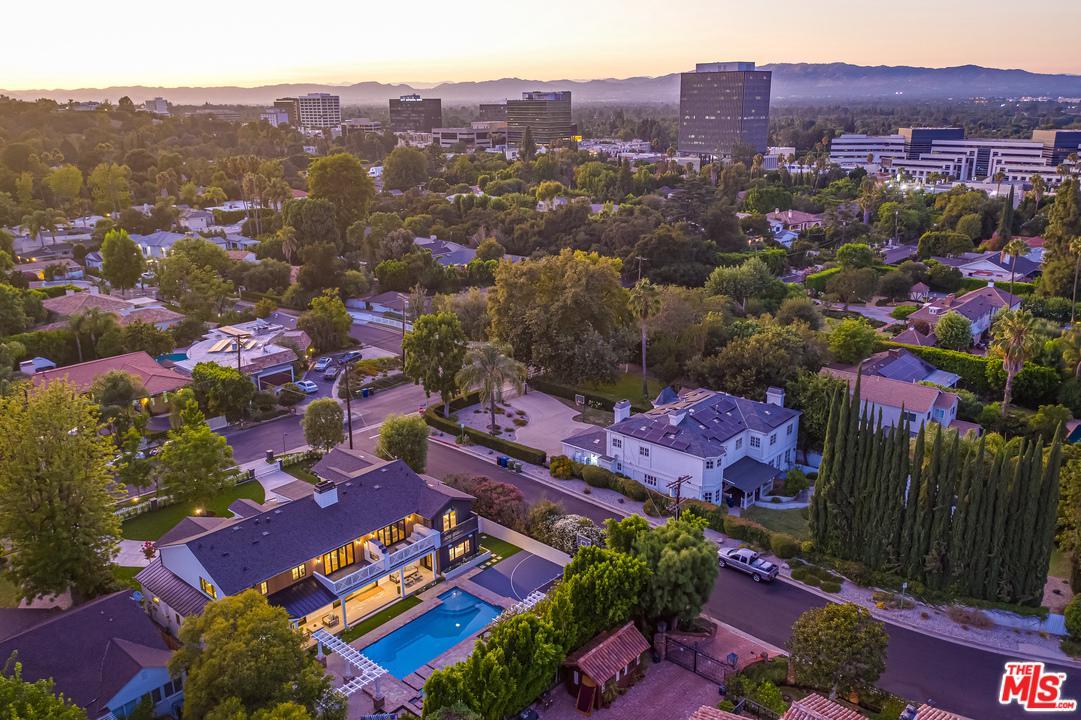 4410 DENSMORE Avenue, Van Nuys, California