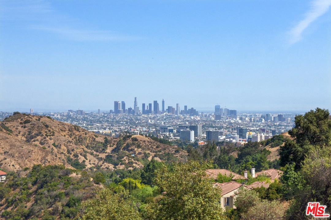 6851 SUNNY Cove, Hollywood Hills, California