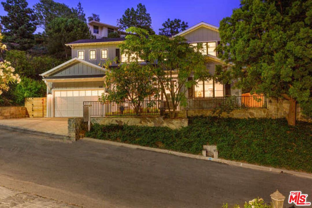 2262 BETTY Lane, Beverly Hills PO in Los Angeles County, CA 90210 Home for Sale