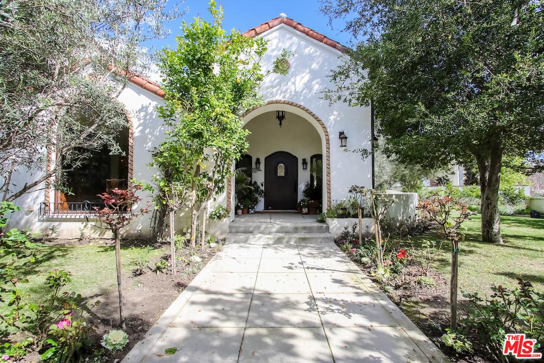 4352 FORMAN Avenue, one of homes for sale in Toluca Lake