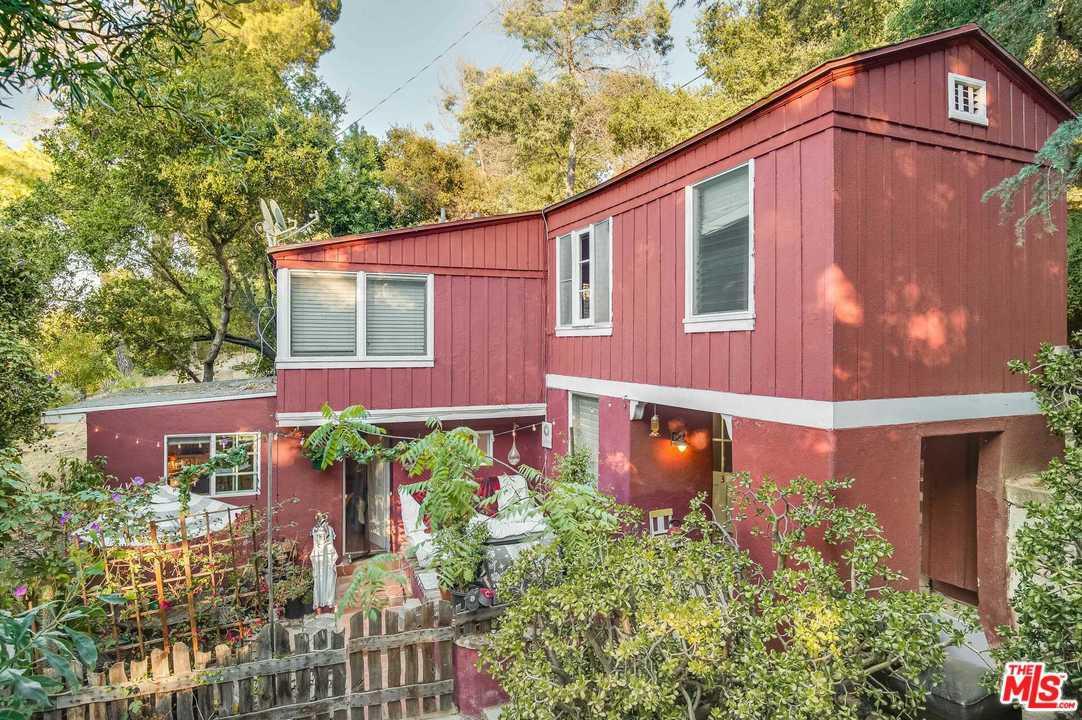 3747 FREDONIA Drive, Hollywood Hills, California