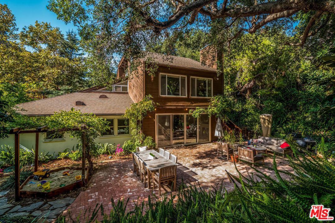 10390 CARIBOU Lane, Beverly Glen, California