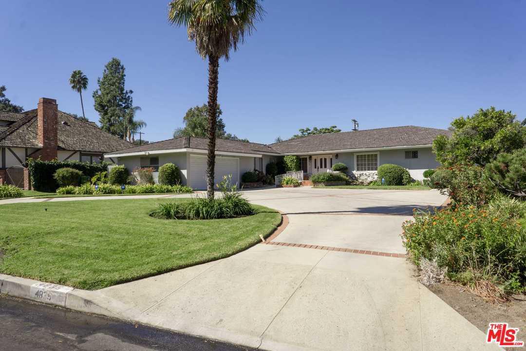 4835 ANDASOL Avenue, Van Nuys, California