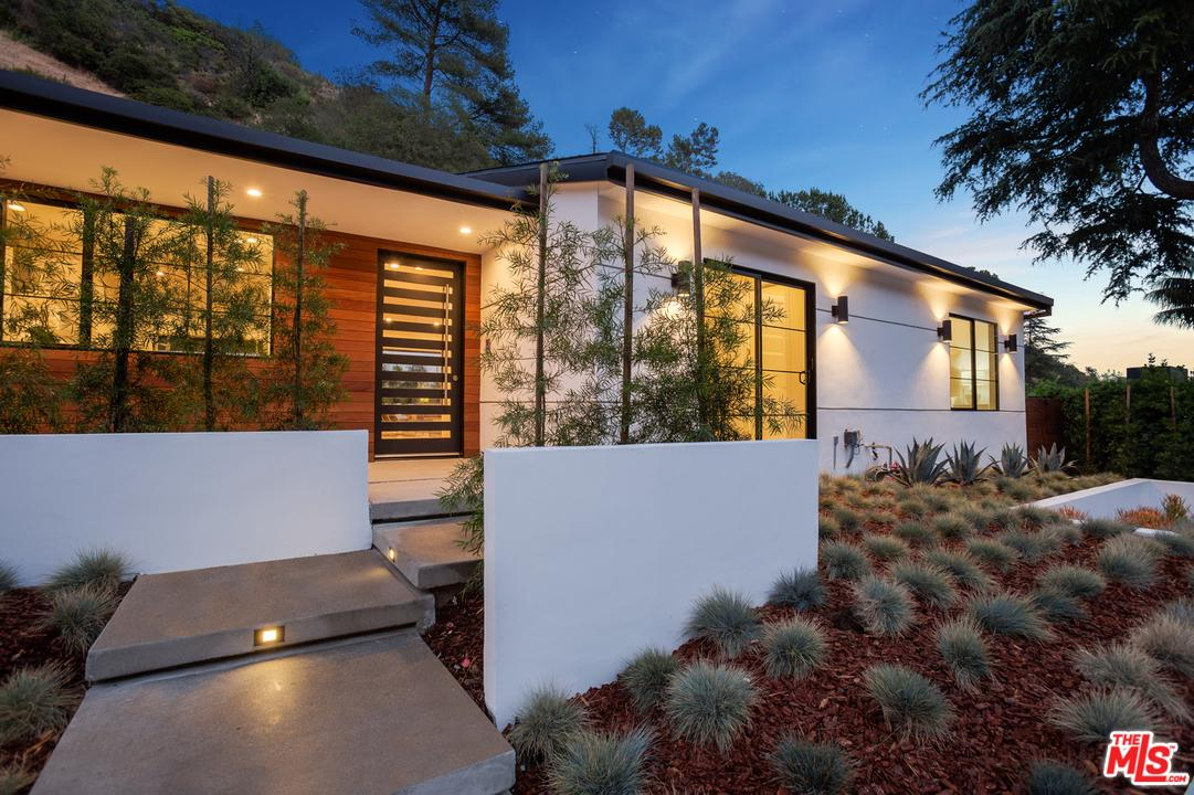 2084 ROSCOMARE Road, Bel Air in Los Angeles County, CA 90077 Home for Sale