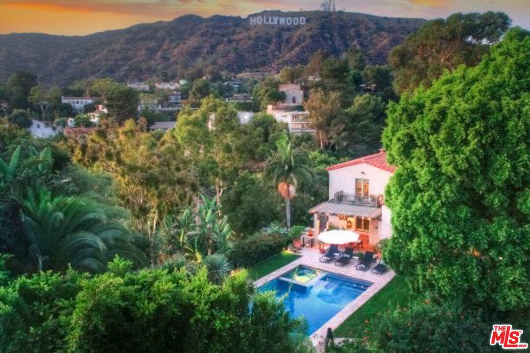 3259 DERONDA Drive, Hollywood Hills, California