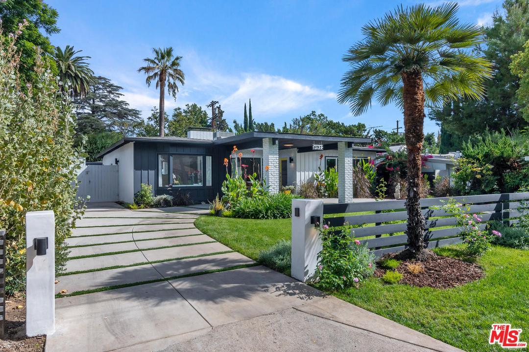 5752 RANCHITO Avenue, Van Nuys, California