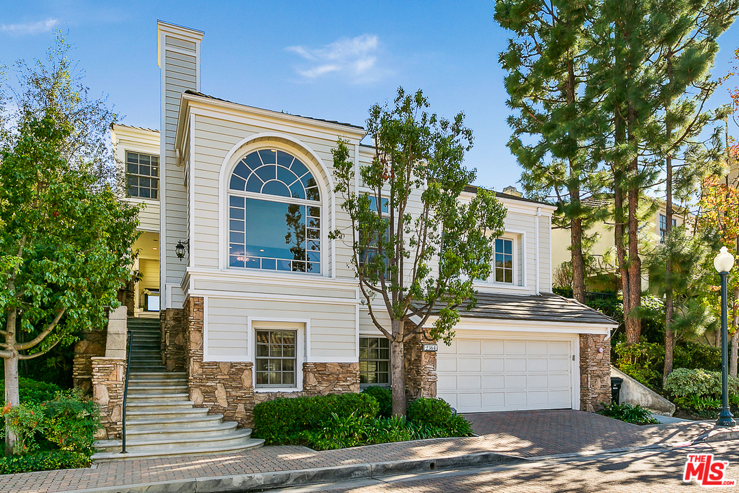 2364 LN BROOKSHIRE, Beverly Glen, California