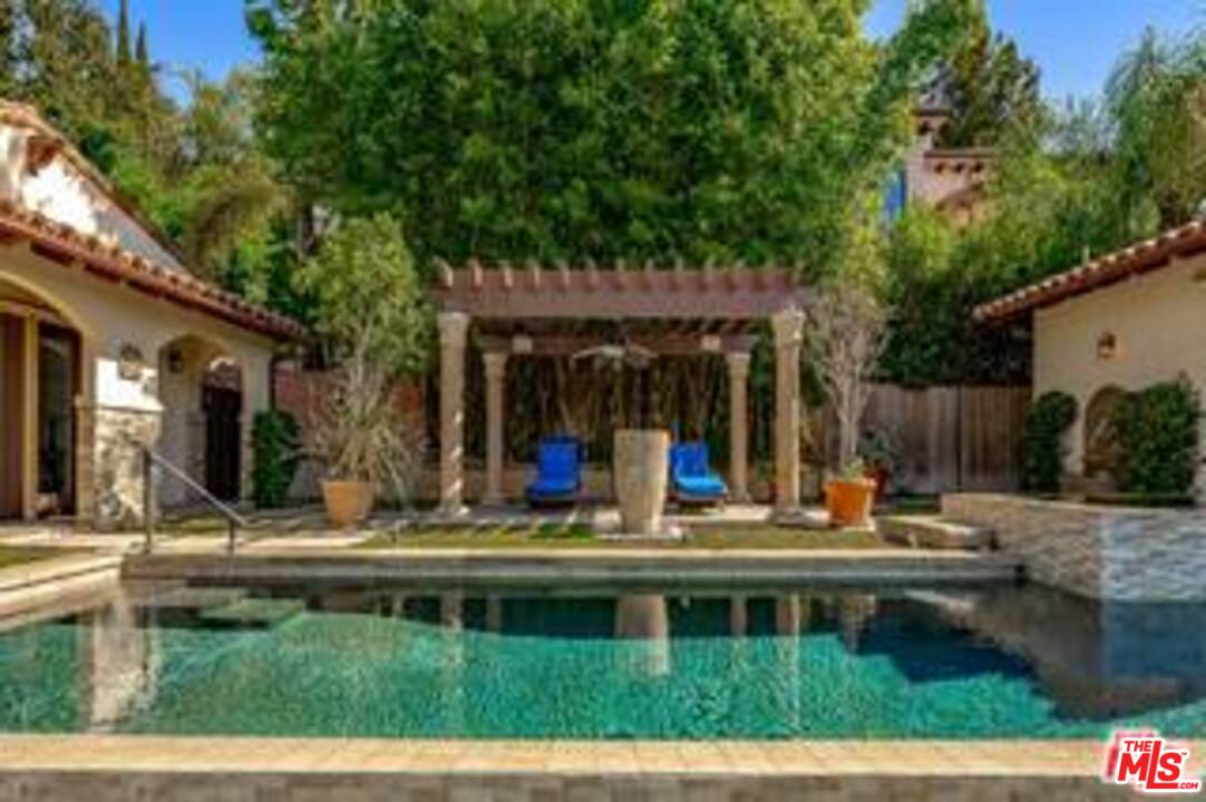 6411 IVARENE Avenue, Hollywood Hills in Los Angeles County, CA 90068 Home for Sale