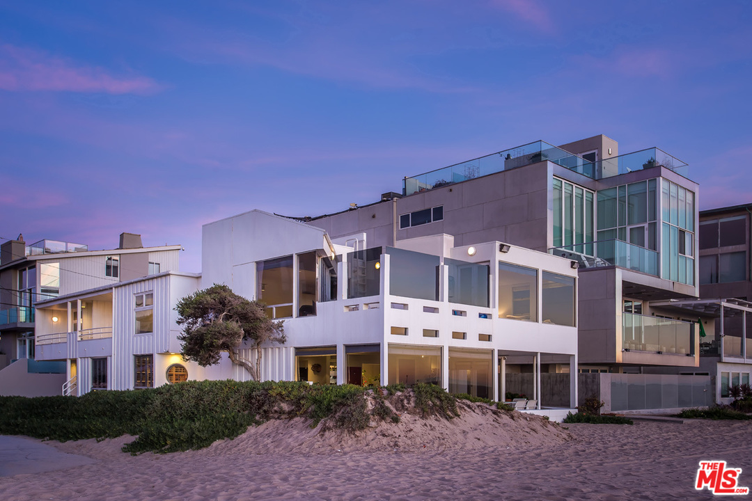 4701 ST Ocean Front Walk, one of homes for sale in Marina Del Rey