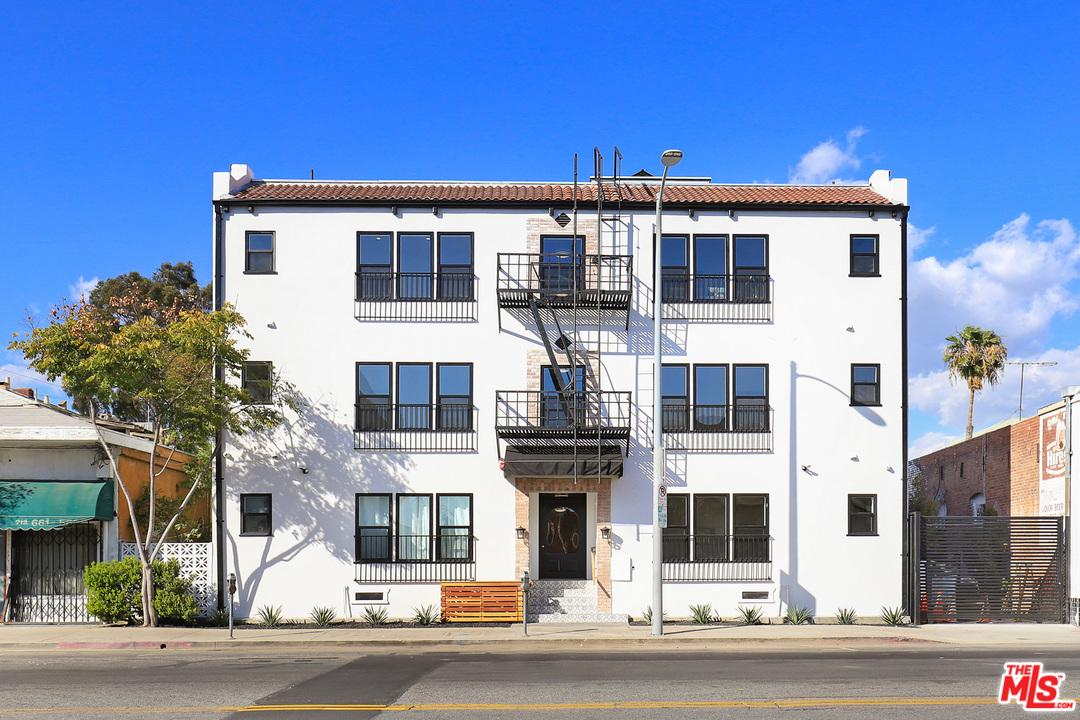 4715 Fountain Avenue Los Angeles, CA 90029