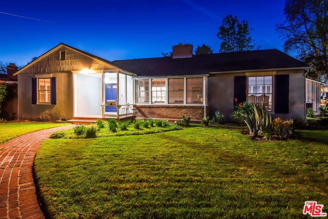 5023 Ventura Canyon Avenue Sherman Oaks, CA 91423
