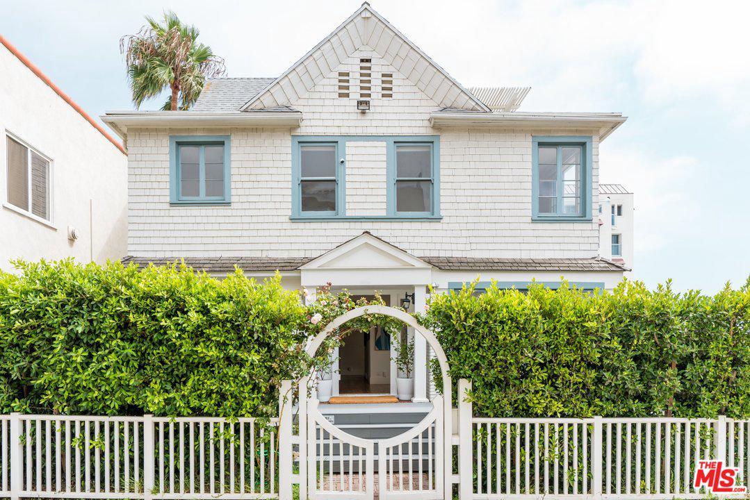 26 Arcadia Terrace Santa Monica, CA 90401