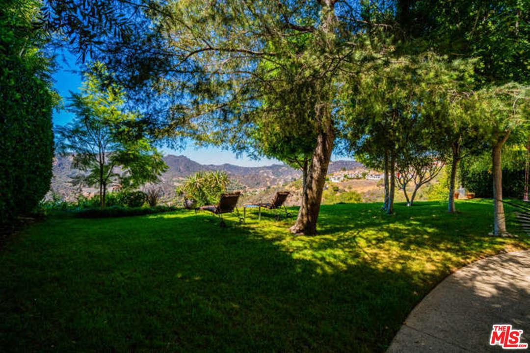 16826 Monte Hermoso Drive Pacific Palisades, CA 90272